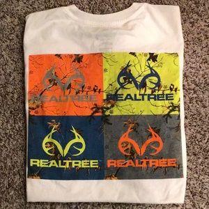 White Realtree Graphic T-shirt sz L
